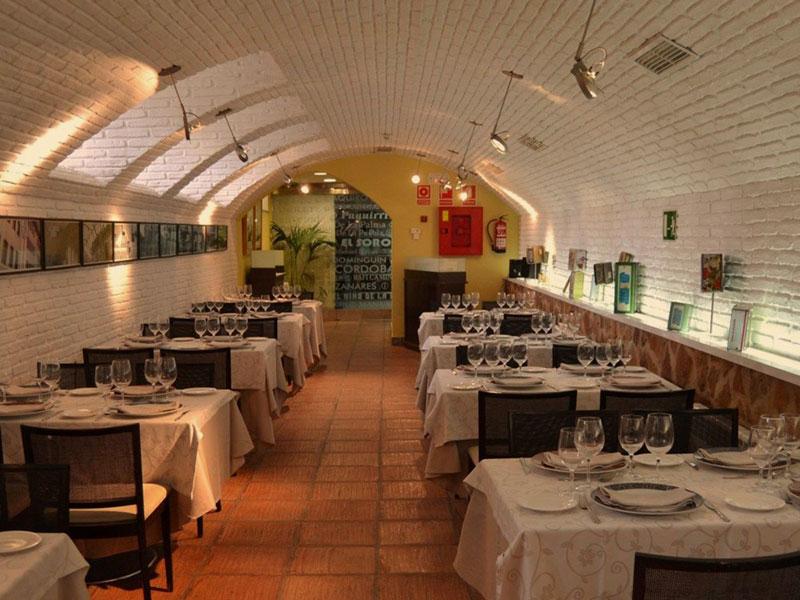 Sala La Bodega Hotel El Carmen 01